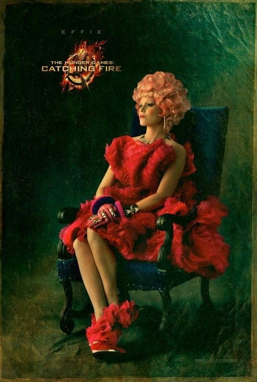 Elizabeth Banks sur l'affiche d'Hunger Games 2- L'embrasement