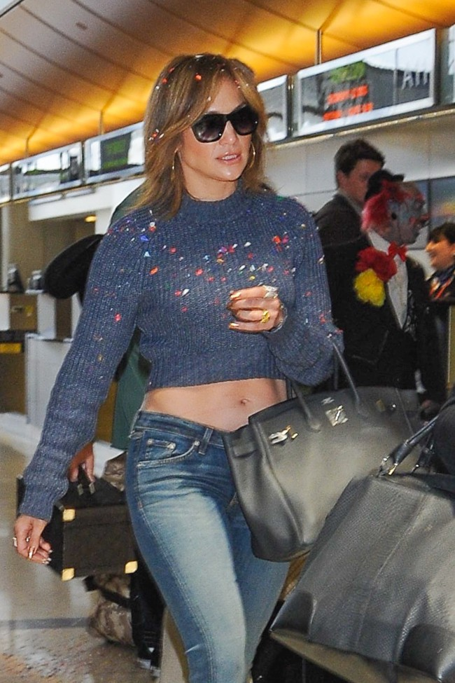 Jennifer Lopez à l'aéroport de Los Angeles le 26 mai 2015