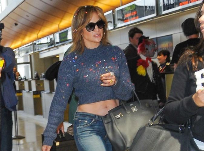 Jennifer Lopez : attaqu�e par un clown � l'a�roport, elle d�voile sa nouvelle t�te !