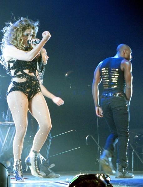 Jennifer Lopez en concert à Toronto, le 18 juillet 2012.