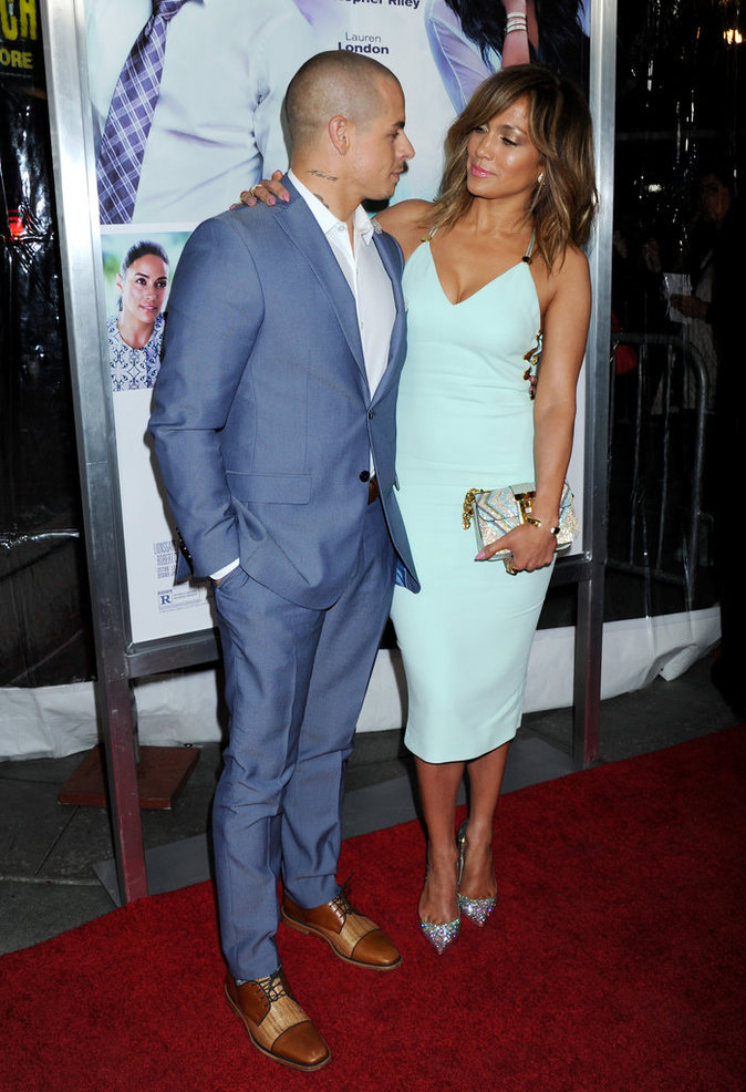 Jennifer Lopez rayonne aux côtés de son compagnon