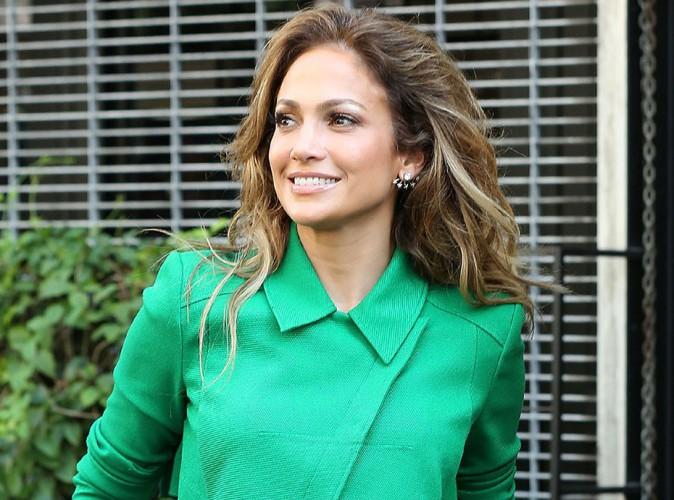 Jennifer Lopez : look vert pour un max de pep's !