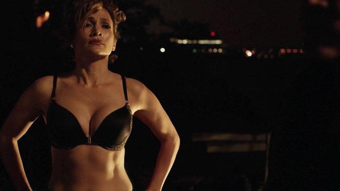 """Jennifer Lopez durant le tournage de sa sérié télé """"Shades of Blue"""""""