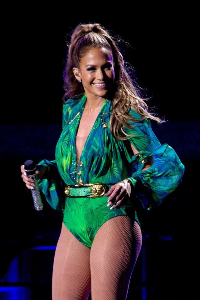 Photos : Jennifer Lopez : sexy et rayonnante sur scène alors que son couple bat de l'aile...