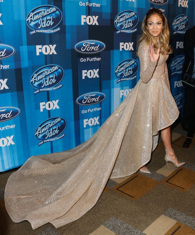 Jennifer Lopez sort le grand jeu pour la finale d'American Idol !