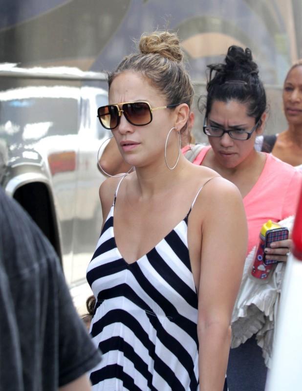 Jennifer Lopez arrive à Miami