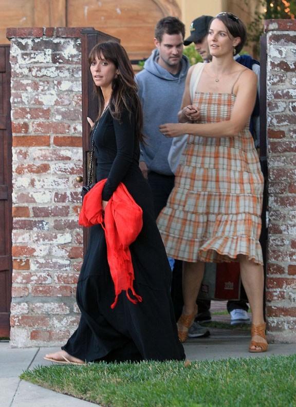 Jennifer Love Hewitt avec des amis à Los Angeles le 8 juillet 2012