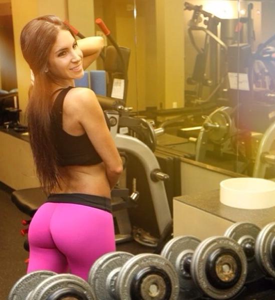 Photos : Jennifer Selter : une fitness girl qui possède la paire de fesses la plus célèbre d'Instagram !