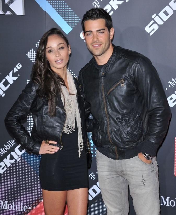 Maintenant, il est avec Cara Santana, et ça dure entre eux !