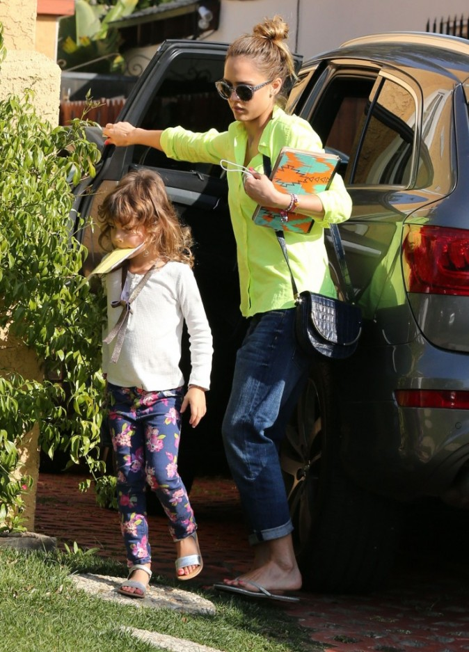 Jessica Alba et Honor Marie le 18 février 2013 à West Hollywood