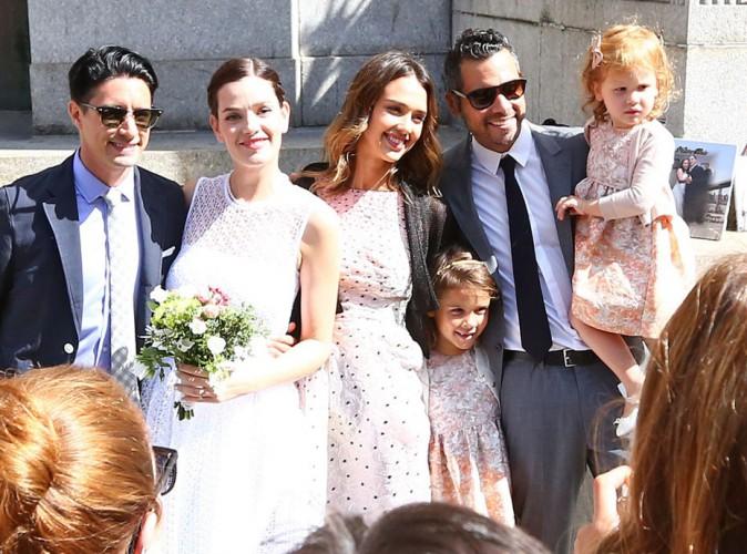 Photos : Jessica Alba : elle a bien failli voler la vedette aux mariés avec son adorable tribu !