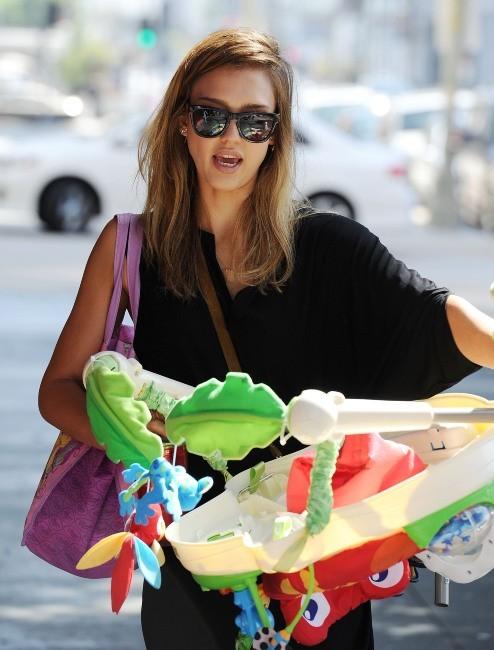 Jessica Alba à Los Angeles, le 18 septembre 2012.