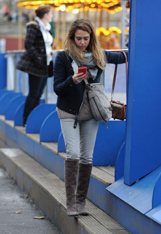 Jessica Alba et sa fille Honor Marie à Londres le 4 décembre 2012