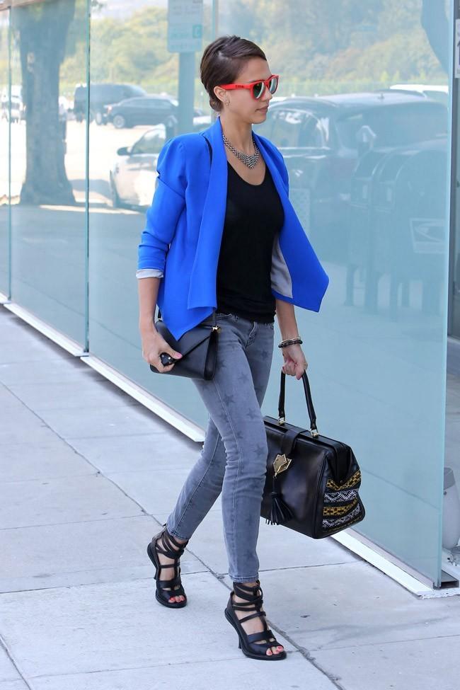 Jessica Alba le 16 août 2012 à Los Angeles