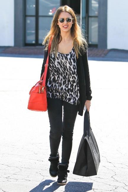 Jessica Alba à Los Angeles, le 25 février 2013.