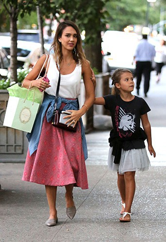 Jessica Alba et sa fille Honor à New York le 12 septembre 2014