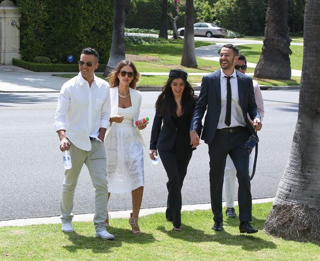 Jessica Alba et Cash Warren au mariage d'amis organisé à Beverly Hills le 26 juin 2014