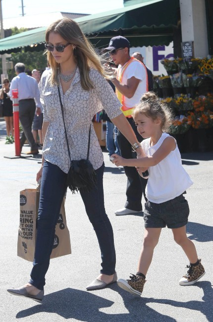 Jessica Alba et sa fille Honor à Los Angeles le 16 octobre 2012