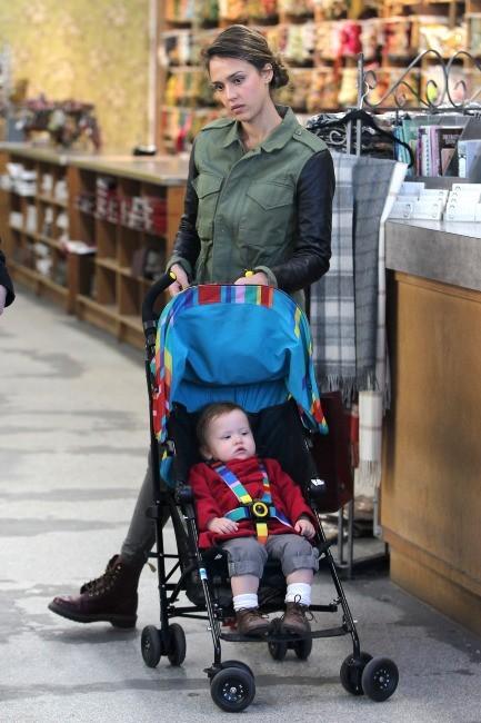 Jessica Alba et Haven Garner le 14 janvier 2013 à Los Angeles