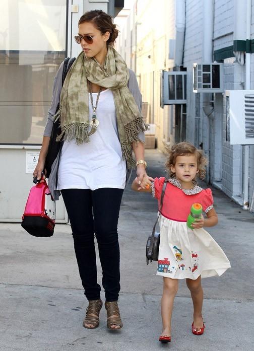 La célèbre maman et sa petite princesse !