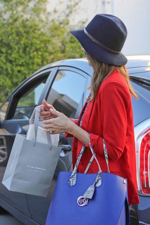 Jessica Alba à Beverly Hills le 24 décembre 2013