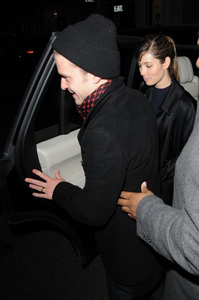 Justin Timberlake soutenue par Jessica Biel pour son concert privé à Londres le 20 février 2013