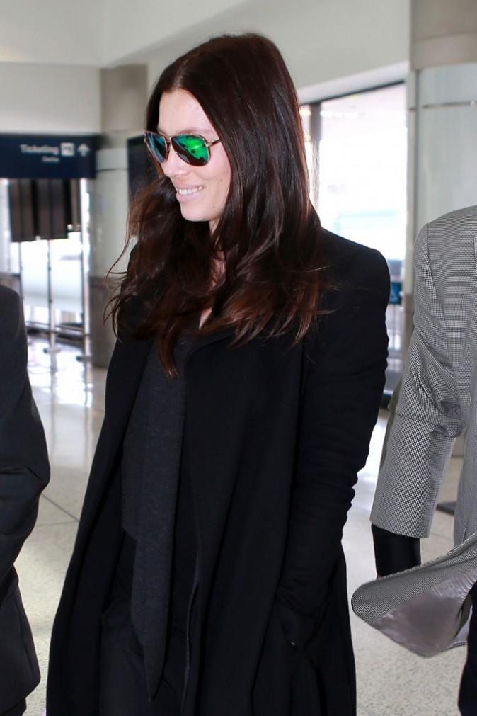Jessica Biel à l'aéroport de Los Angeles, le 12 novembre 2014