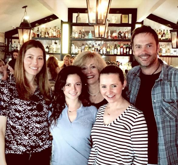 Jessica Biel retrouve le casting de 7 à la maison, Stephen Collins absent !