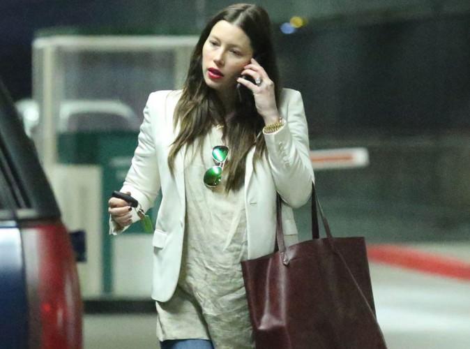 Jessica Biel : sa grossesse (enfin !) officielle, elle affiche ses jolies rondeurs comme jamais !