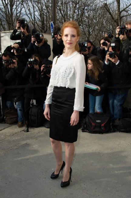 Jessica Chastain, glamour et élégante pour le défilé Chanel