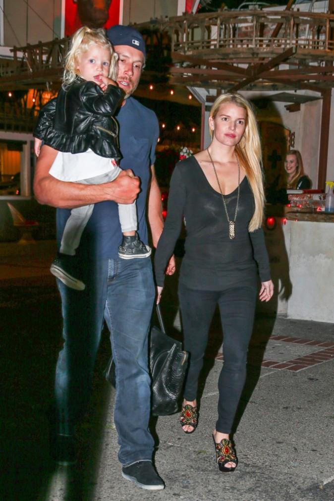 Jessica Simpson en famille à Los Angeles, le 26 avril 2014.