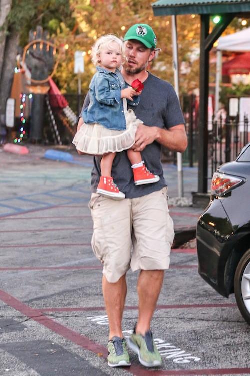 Photos : Jessica Simpson : maman radieuse, elle délaisse Ace pour profiter de Maxwell !