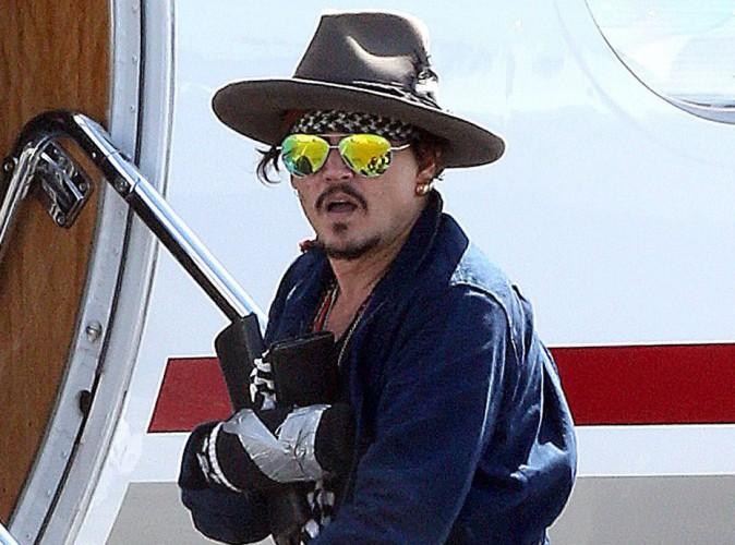 Johnny Depp : Jack Sparrow s'est blessé... Retour aux Etats-Unis pour se faire opérer !