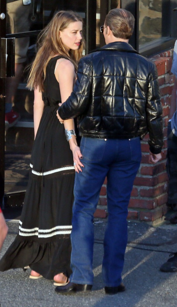 Johnny Depp et Amber Heard à Boston le 2 juin 2014
