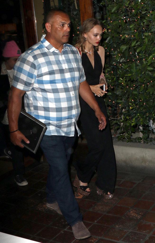 Lilly-Rose Depp lors de son départ
