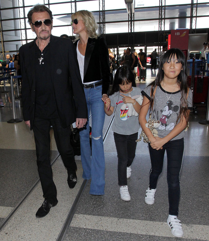 Photos : Johnny Hallyday rentre à Paris : demandez son programme !