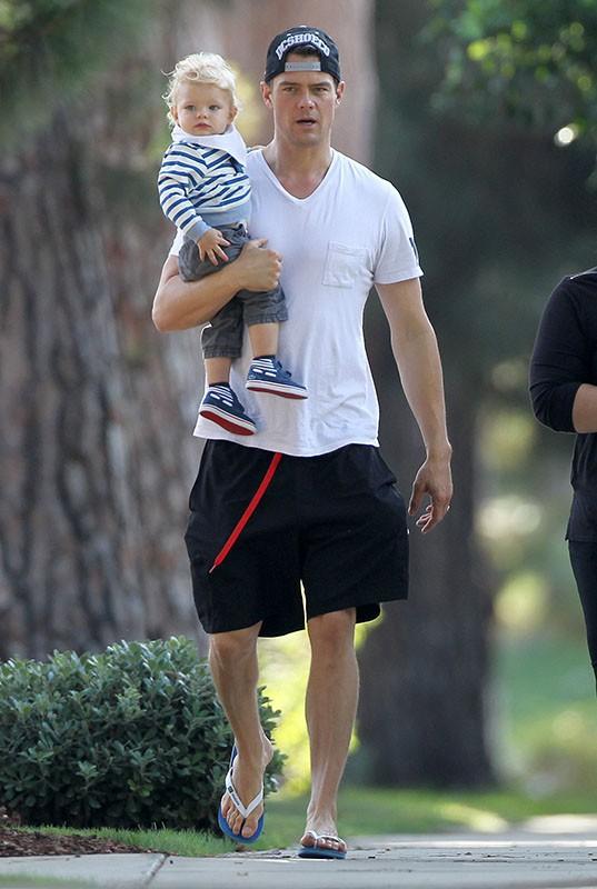 Josh Duhamel et son petit Axl : lequel est le plus craquant ?