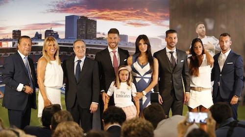 Photos : journée spéciale pour Sergio Ramos soutenu par sa belle Pilar enceinte et leur baby boy!
