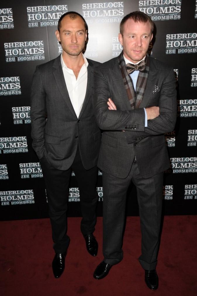 Jude Law lors de la première de Sherlock Holmes : Le jeu des ombres à Paris, le 19 janvier 2012.