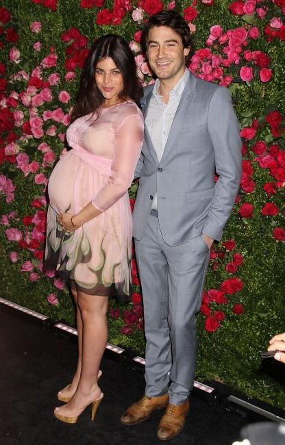 Julia Restoin-Roitfeld et Robert Konjic lors du diner Chanel à New York, le 24 avril 2012.