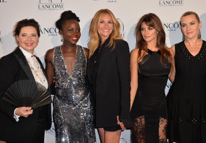 Lupita Nyong'o, Isabella Rossellini, Julia Roberts, Penélope Cruz et Kate Winslet le 7 juillet 2015