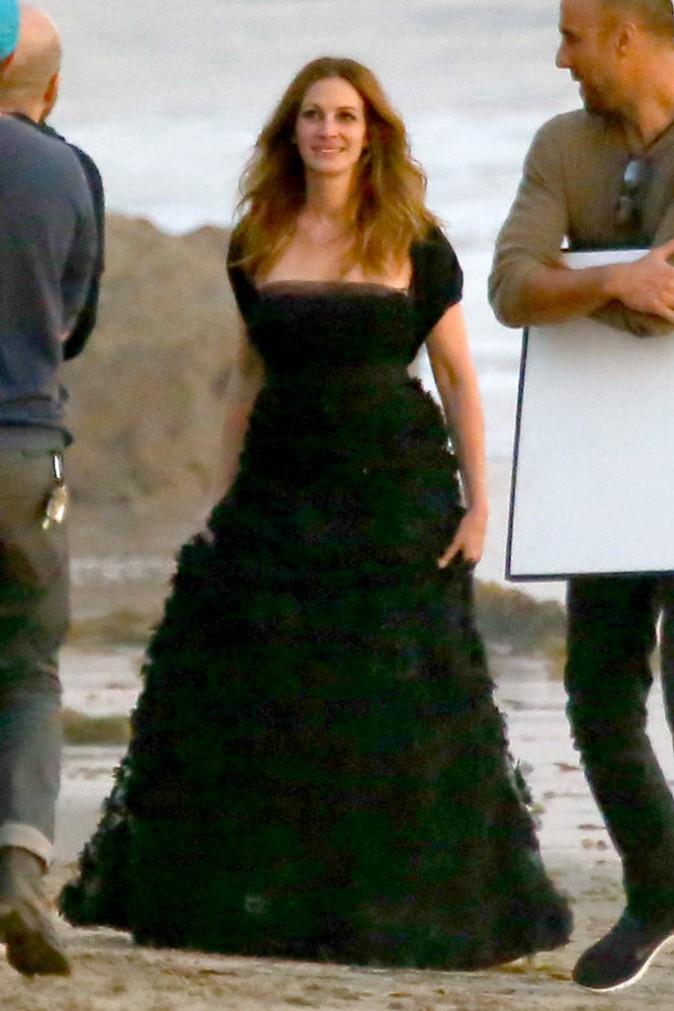 Julia Roberts en plein shooting à Malibu, le 29 janvier 2014.