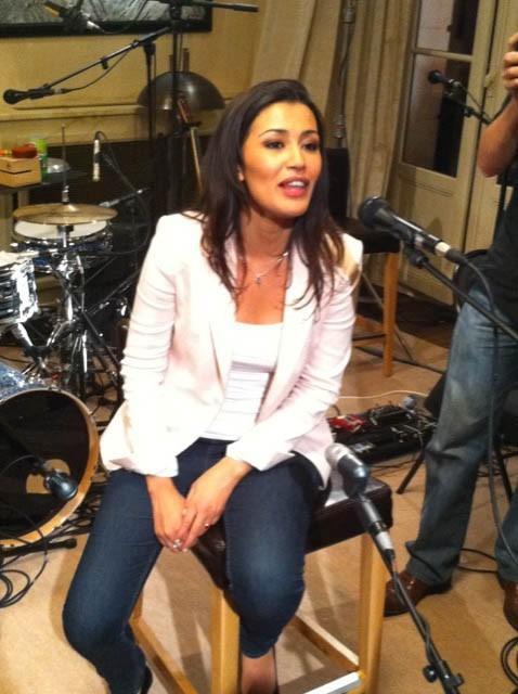 Karima Charni présentatrice de l'émission Talent Tout Neuf sur W9 !