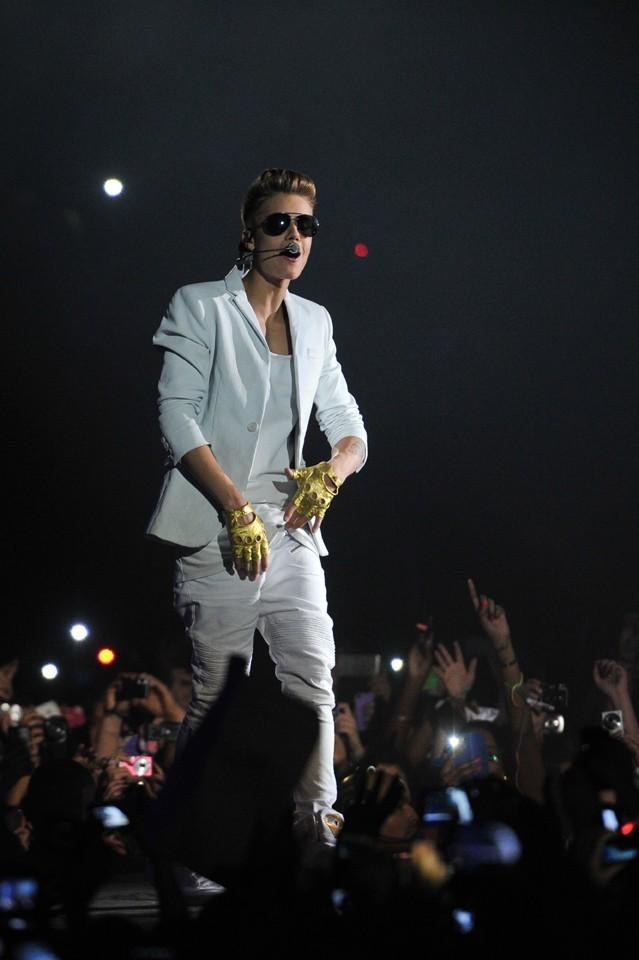 Justin Bieber sur la scène de Paris Bercy le 19 mars 2013
