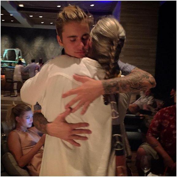 Photos : Justin Bieber et Hailey Baldwin officialisent leur relation sur Instagram !