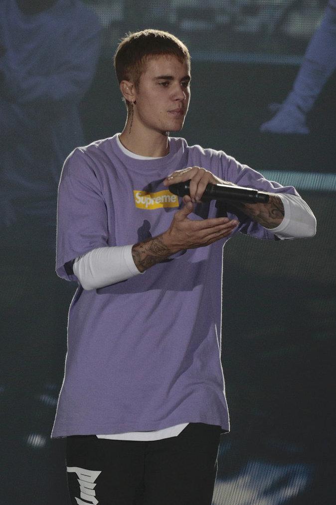 Photos : Justin Bieber : il réserve un accueil peu chaleureux à ses fans parisiens...