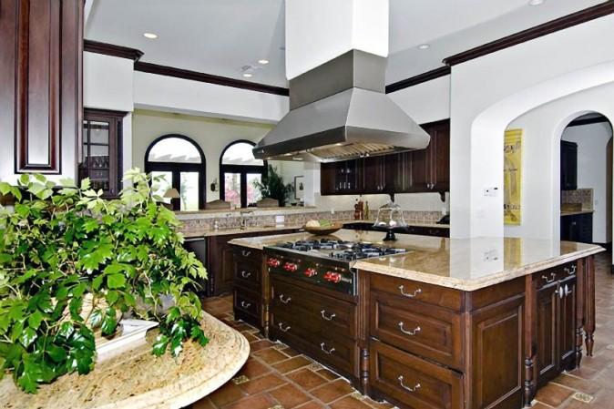 La nouvelle villa de Justin Bieber à Calabasas en Californie !