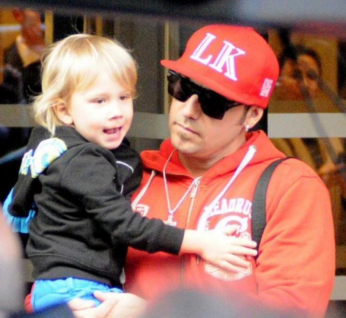 Le père de Justin Bieber à la sortie de son hôtel de Madrid le 14 mars 2013