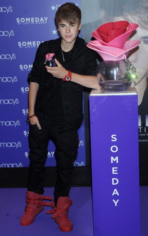 Justin prend sa mission très au sérieux !