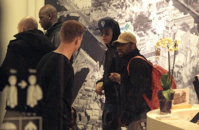 Justin Bieber au musée Anne Frank d'Amsterdam le 12 avril 2013